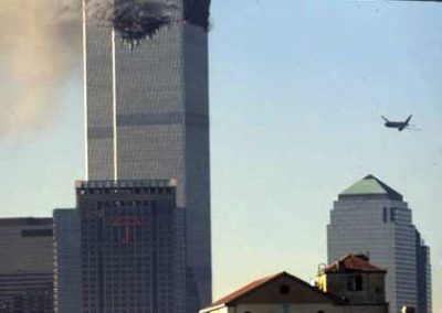 wtc2_appr_attacks_ny186012